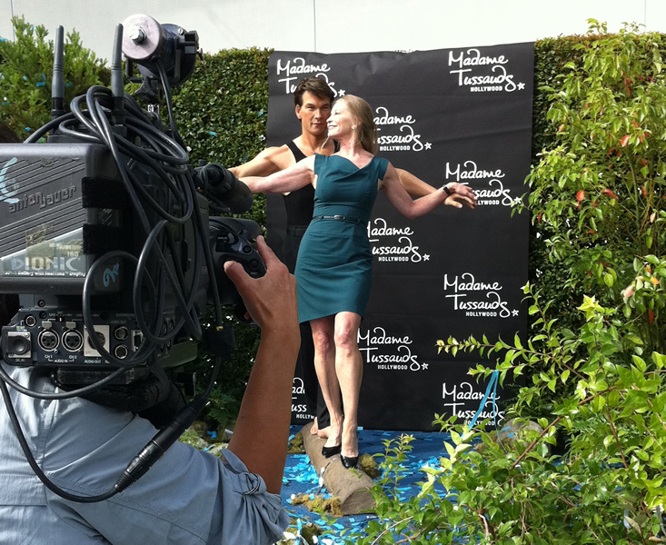 Official patrick swayze international fan club lisa with wax figure of patrick at unveiling at madame tussauds in los angeles 18th october fandeluxe Document